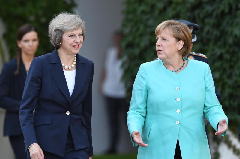 merkel-empfaengt-may